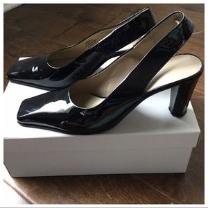 Nine West Black Patent Leather Slingbacks